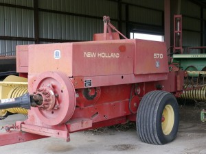 tn_New Holland 570